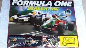 Scalextric Bundle: 1992 Formula One Set c646 + Accessory Set C221 + 2 BTCC cars