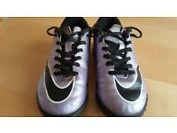 Nike Junior Mercurial Astro Boots Trainers UK Size 13.5 EUR 32