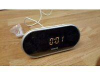 Bedside Clock Radio (Philips; UK plug)