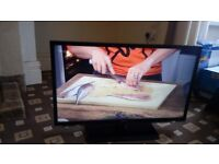 TOSHIBA 32 LED TV /FREEVIEW HD/100HZ/MEDIA PLAYER/24P PLAYBACK/SLIM/ NO OFFERS