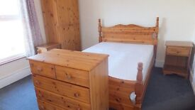 Single & Double rooms for rent