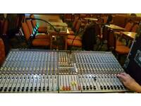 Allen and Heath GL2400 32 mixer and Flightcase