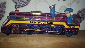 VINTAGE TINPLATE RED MOUNTAIN 3963 TRAIN