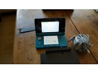 Nintendo 3Ds with 4 games, please see picture for details