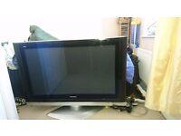 Panasonic Viera TH-42PV500B 42 HD Plasma Television