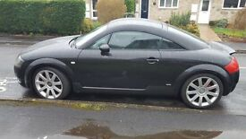 For Sale Beautiful Audi TT in Black