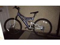 Muddyfox Hustle 17 inch mountain bike