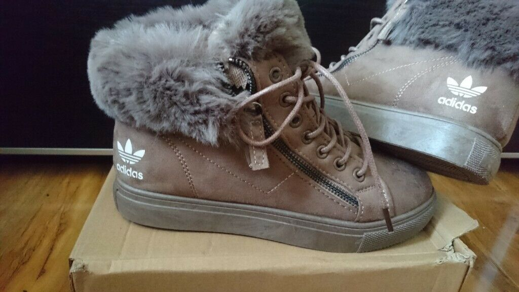 13f6552b8e9 Men Womens Adidas originals Hi top Superstar Trainers shoes size 5 Khakee Nike  air max 90 air jordan