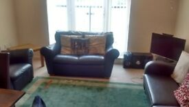 Bright Spacious Fully Furnished 2 bedroom Flat Slough near train station with en suite for rent.