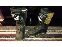 Motocross boots boys size 13