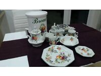 Fresh Fruit Dining set / cutlery As new