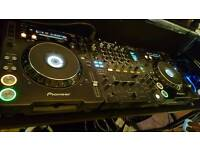 Pioneer CDJ1000 Mk3's/Pioneer DJM800 Mixer & Road Ready Flight Case