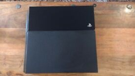 Perfect Condition 500GB Jet Black Playstation 4 (PS4) - with leads and controller