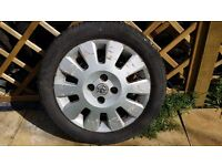 15 inch Vauxhall corsa alloy wheel with very good tyre.single alloy