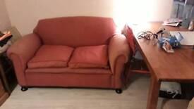 Drop arm sofa