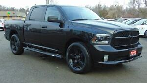 2015 Ram 1500 CREW CAB BLACK PACKAGE - ONLY 19,000 KMS