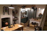 Short term stunning loft room in Greenbank