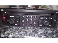 Peugeot/Citroen RT3-N3-02 SAT NAV / TELEPHONE / CD & MP3 PLAYER