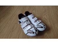 Shimano R088 cycling shoes size 43/8uk