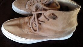 SWEAR LONDON SAMPLE paied 180£ only 19£!!!! with fur size 42