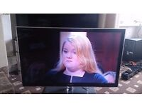 """SAMSUNG 40"""" LED TV FREEVIEW HD/100HZ/MEDIA PLAYER/SUPER SLIM EXCELLENT CONDITION NO OFFERS"""
