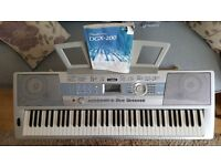 Yamaha DGX-200 Keyboard with Pedal & Stand