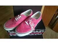 Brand new Vans Era Shoes UK9 distressed red