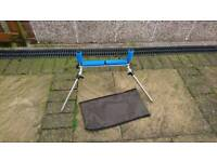 Rolling rod rest and case