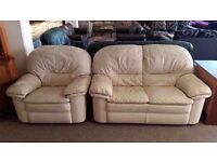 GREAT CONDITION!!! Cream leather suite 2 seater sofa/ settee and 1 chair