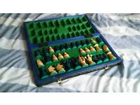 Outstanding chess set