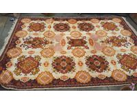 Large wool Persian rug - great condition