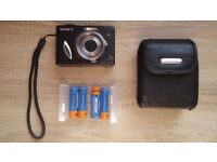Sony Cybershot DSC-W17 with accessories