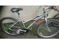 CARRERA LADIES ALUMINIUM MOUNTAIN BIKE, 17 INCH FRAME, 26 INCH WHEEL'S, 18 GEARS, GOOD CONDITION.
