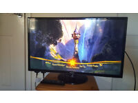 """Samsung 32"""" HD LCD TV with Freeview"""