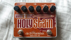 Electro Harmonix Holy Stain multi effect pedal Reverb, Tremolo Pitch Shifter Fuzz Drive