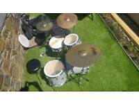 Professional sonor 18ins bass .paiste cymbal s cases. Sticks. Stool
