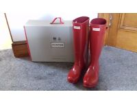 Ladies Hunter Wellington Boots size 5 Military Red