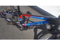 TREK MT220 Mountain bike for 8-12years
