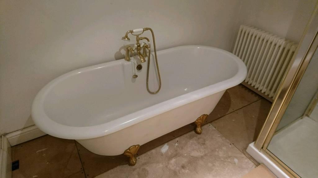 Full bathroom set (Bath/Toilet/Sink/Shower/Radiator) | in Sutton ...