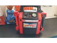 CLARKE JUMP START 1000.HEAVY DUTY. 400-900 AMPS BOOST. LED WORKLIGHT BRAND NEW BOXED UNUSED.