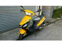 Sinnis 50cc scooter