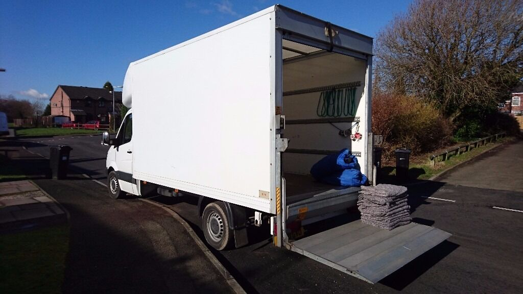 Huddersfield Removal company offering house and business removals, Man and Van services