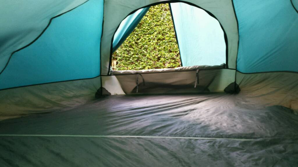 Spacious and practical DOME TENT