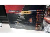 Snap-on instinct screwdriver set