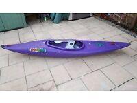Pyrahna Stunt 300 Kayak