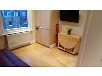 STUDIO FULLY FURNISHED-NEWLY DECORATED-Central London-wifi-bills inc-available for students & couple