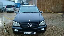 Mercedes ml320 2001 good condition 1400.00