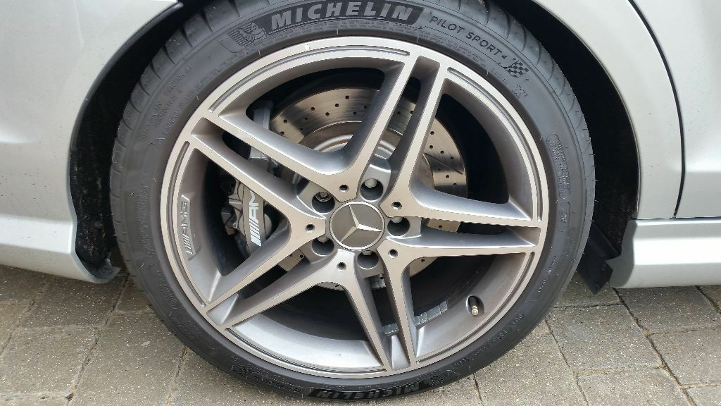 michelin pilot sport 4 premium tyres x 4 18 size 255 35 235 40 1 month old in windsor. Black Bedroom Furniture Sets. Home Design Ideas