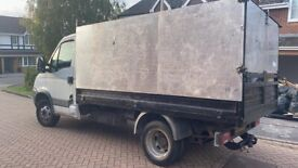 FULLY LICENSED RUBBISH & HOUSE CLEARANCE-GARDEN-GARAGE-OFFICE-JUNK REMOVAL-BUILDERS WASTE-MAN & VAN