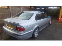 BMW 528i with verry low mileage